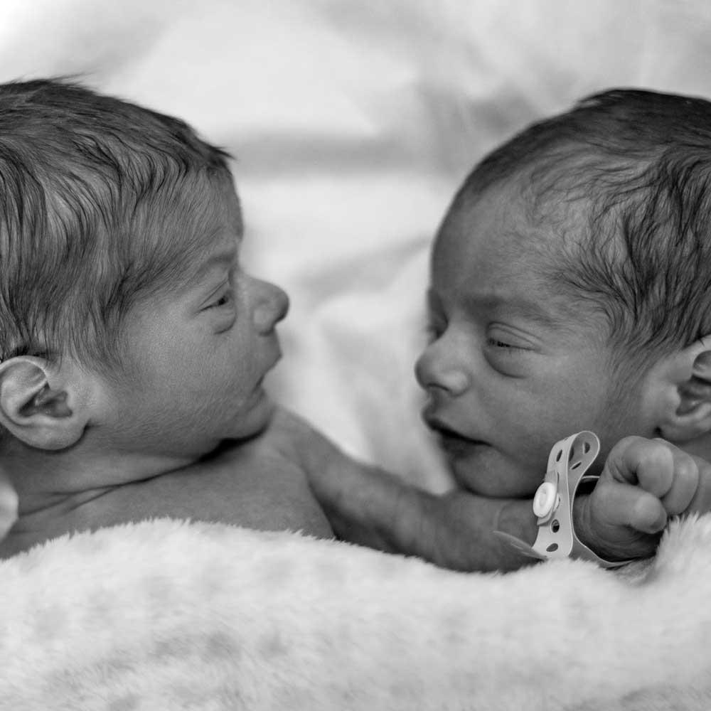 5 Myths About Breastfeeding Twins  Boober-2888